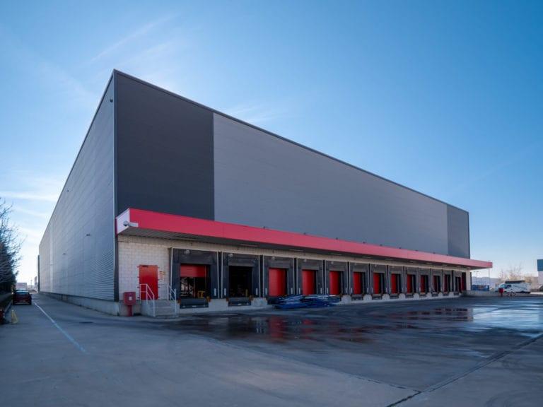 Nuveen cierra la primera compra en España para su nuevo fondo logístico