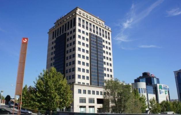 InmoCaixa adquiere la Torre Ombú de Madrid por 70 millones