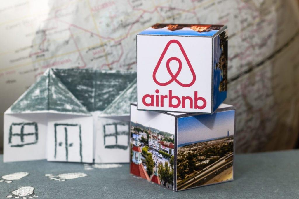 airbnb viajes turismo fuente shutterstock