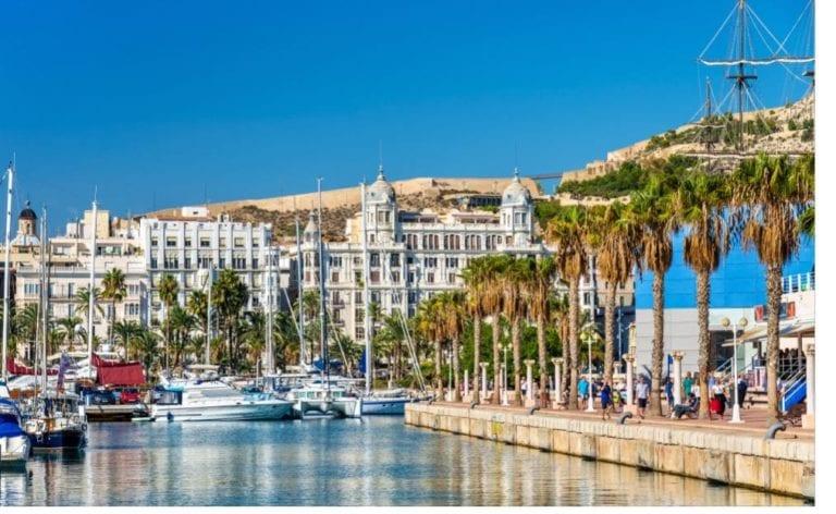 Alicante es la capital de la C.Valenciana donde más sube la vivienda nueva, según ST