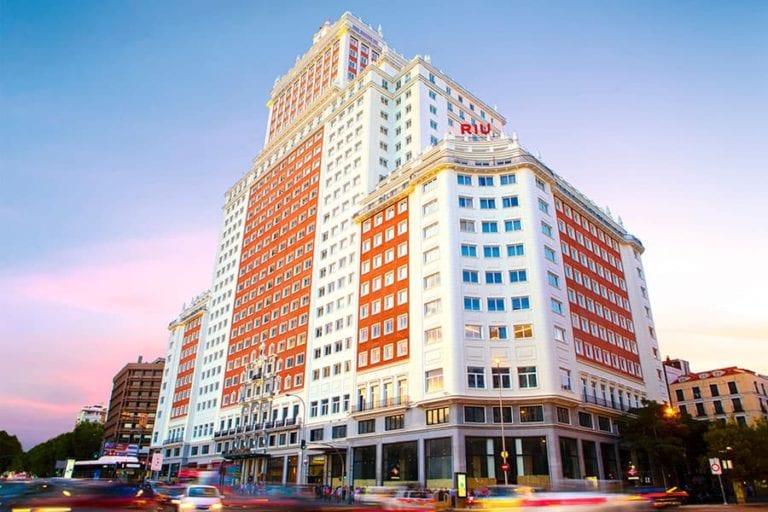 RIU convierte en un coworking parte de su hotel de Plaza España