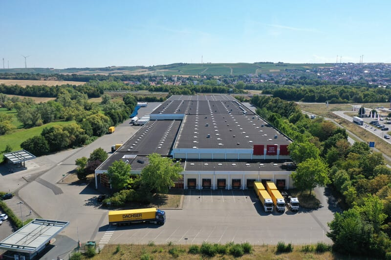 Logicor venta naves logisticas España