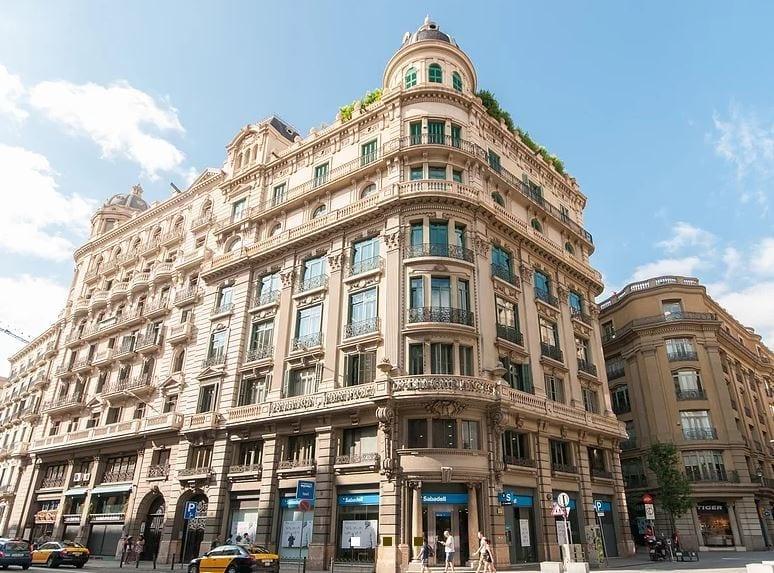 Edificio de Tander inversiones en Barcelona 1