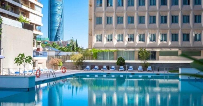 Meliá traspasa una cartera de ocho hoteles a Bankinter
