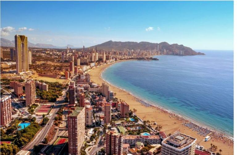 Los hoteles de la Comunidad Valenciana pierden 700 millones de euros, según Hosbec