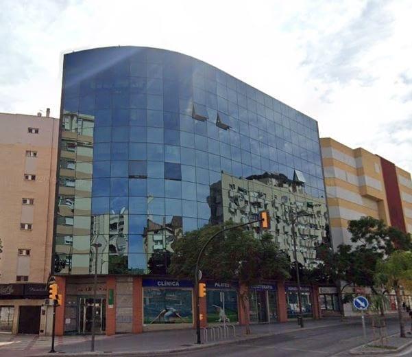 edificio aries malaga fuente Google Maps 1