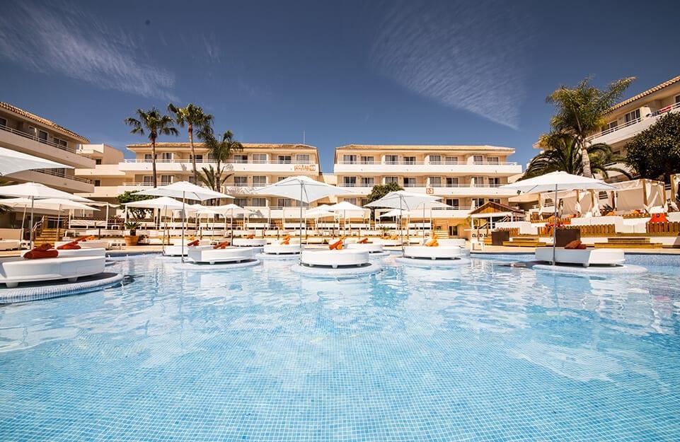 hotel island beach club del grupo cursach 1