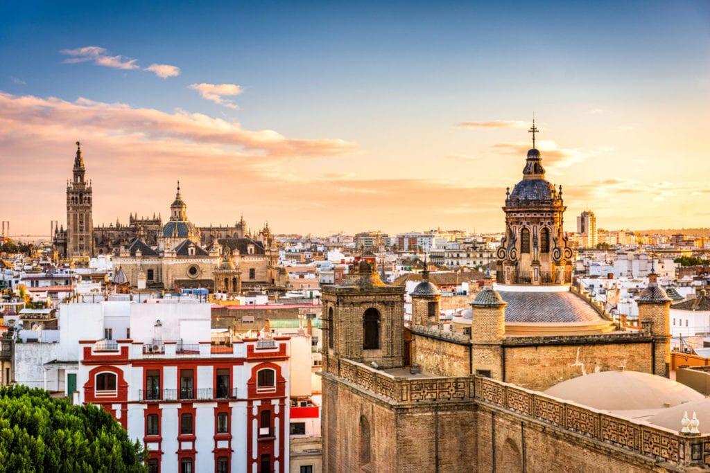 Sevilla fuente shutterstock