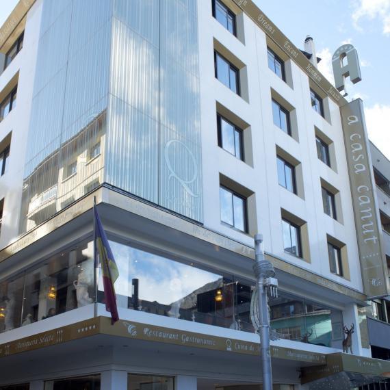 El futbolista Leo Messi compra el hotel Casa Canut en Andorra