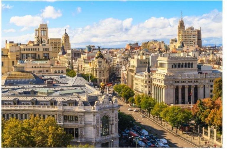 iKasa pone a la venta un edificio de 60 viviendas en el centro de Madrid