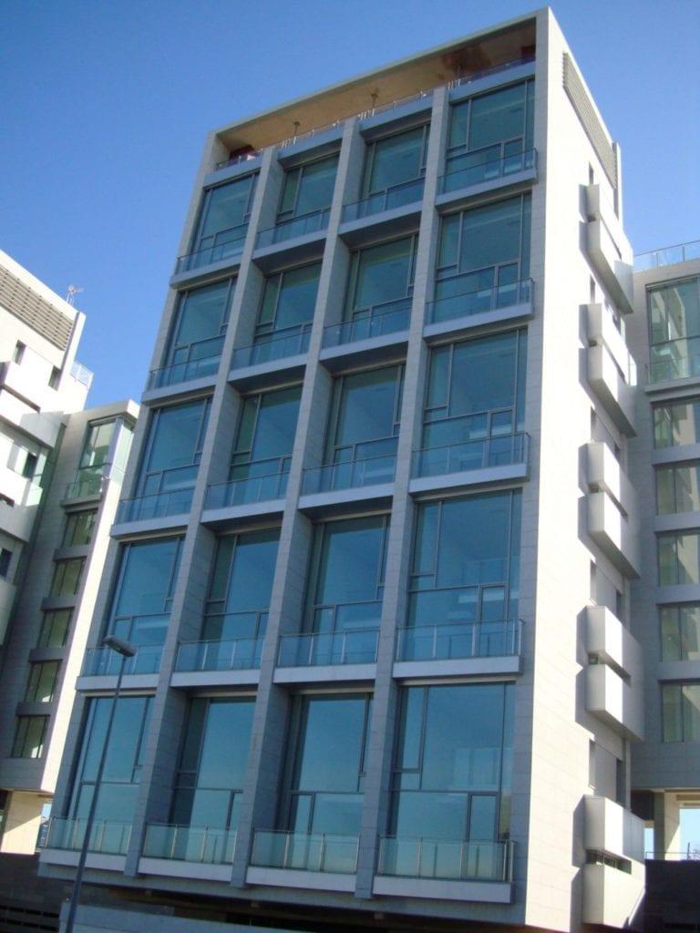 Entrecampos compra un inmueble para vivienda en alquiler y vende activos en Madrid