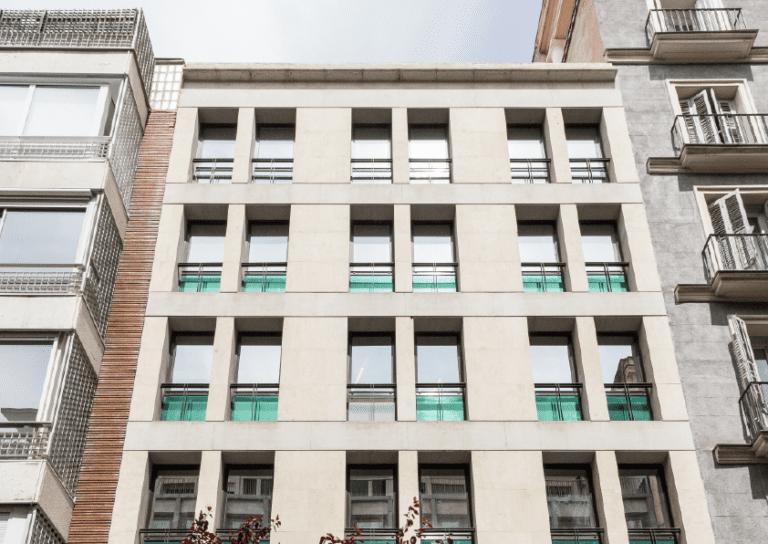 Mazabi saca al mercado Recoletos 23 y no descarta vender su hotel de Atocha