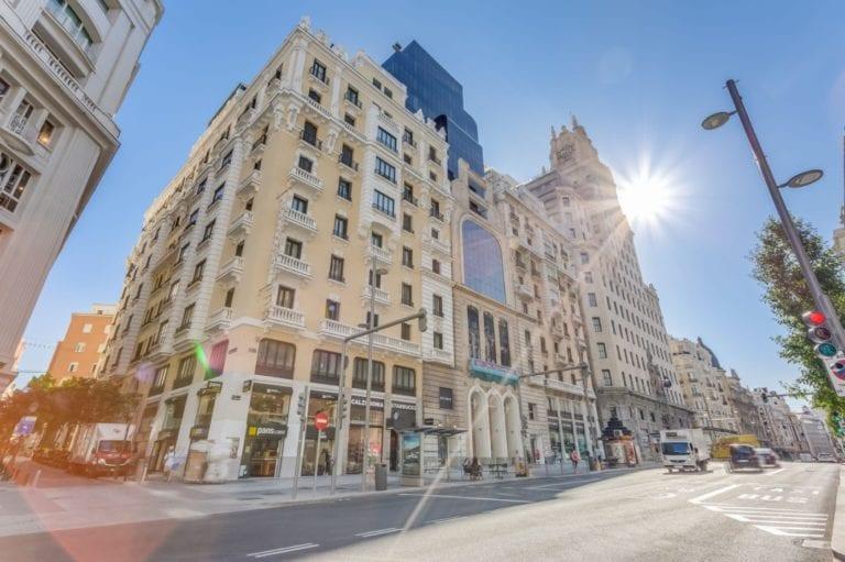 La Comunidad de Madrid alquila un edificio en Gran Vía