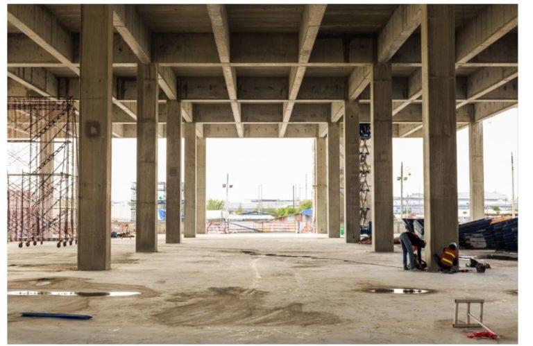 Una obra de casi cien pisos sin terminar despierta el interés de una promotora en Monforte, Lugo