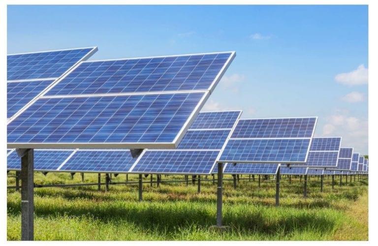Castilla-La Mancha elimina la licencia de obras para autoconsumo fotovoltaico