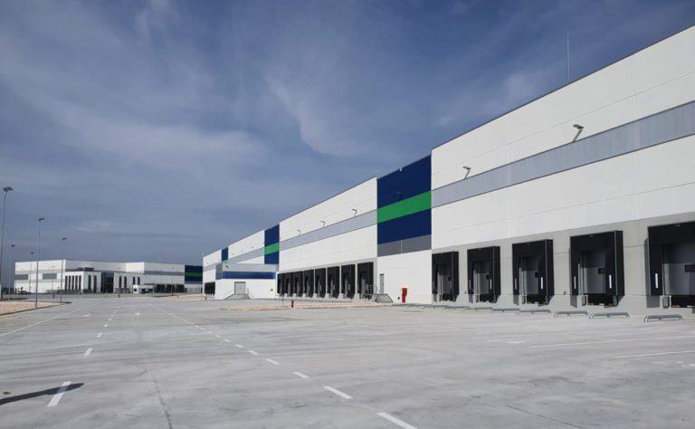 Iskaypet alquila 2 edificios para la operativa logística de Kiwoko y Tiendanimal