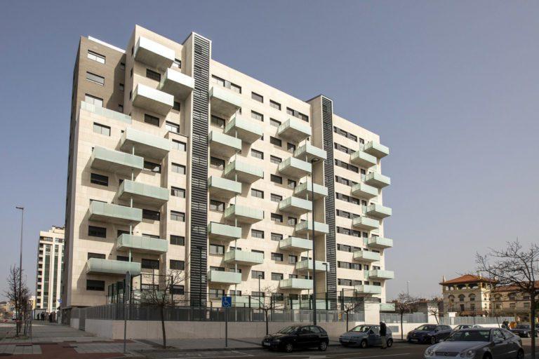 La vivienda en capitales y grandes ciudades se recupera y sube un 1,3% mensual en abril