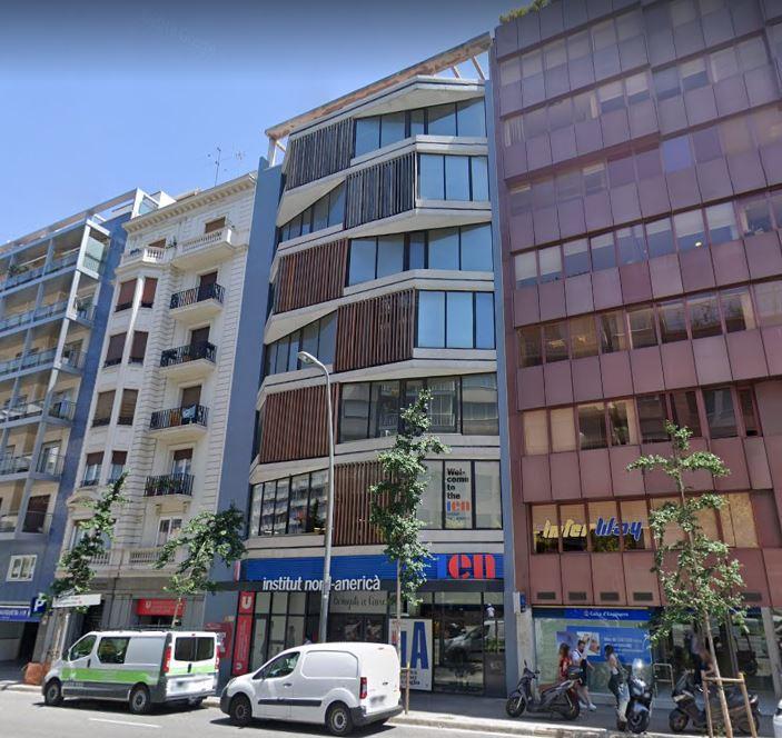 Renta Corporación adquiere un edificio en Barcelona, donde IWG abrirá un nuevo coworking