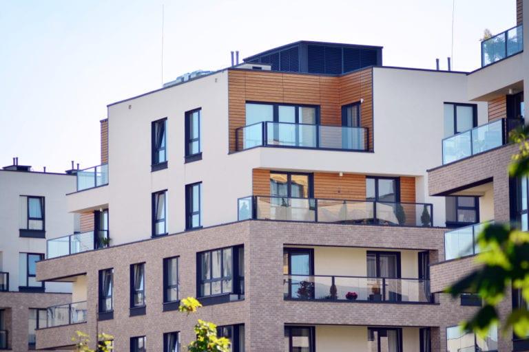 La CNC propone usar los fondos europeos para facilitar la compra de vivienda a los jóvenes