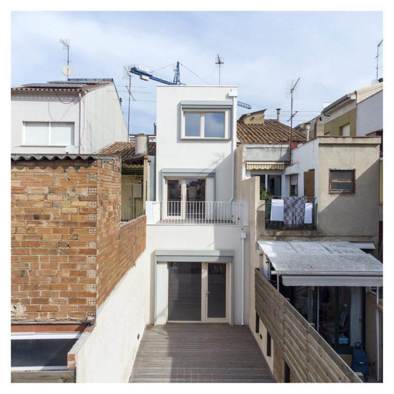 House Habitat entrega una casa biopasiva de tres plantas en Sabadell