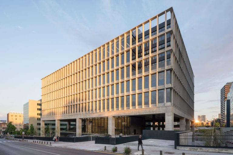 El grupo latinoamericano Onix saca al mercado un edificio de oficinas con 14.400 m2 en Madrid