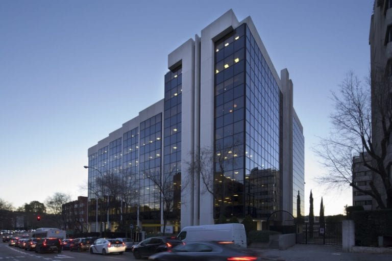 Kennedy Wilson compra a Merlin un edificio de oficinas en Madrid por 40 millones