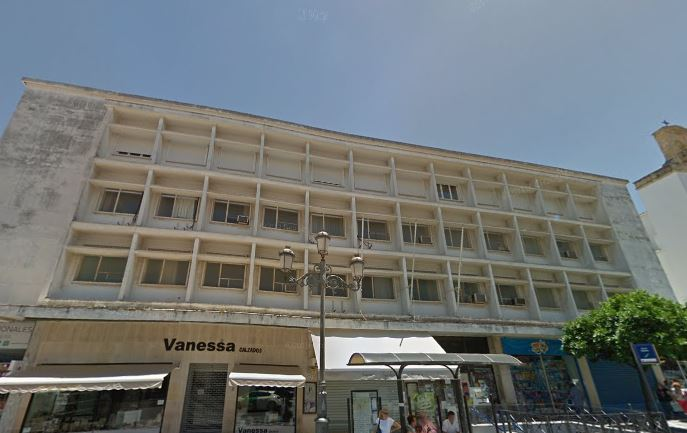 Una empresa de Sevilla compra el edificio del IARA de Jerez