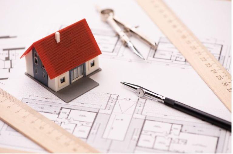 El stock de vivienda nueva se reduce un 12% en Barcelona, según ST