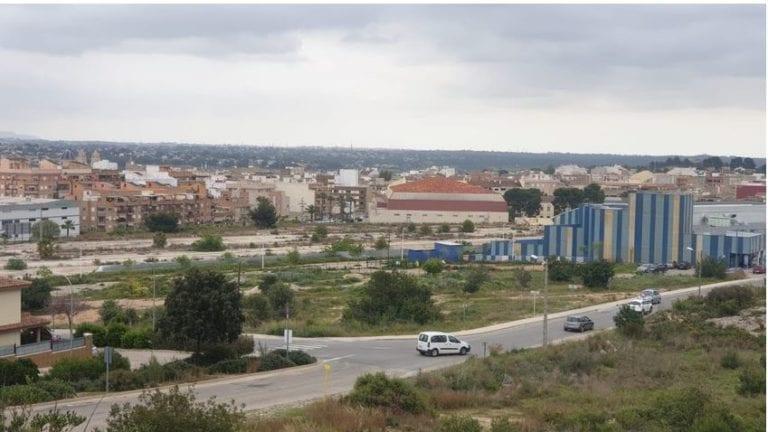 Riba-roja aprueba la compra de los terrenos del PAI de Pacadar por 4'1 millones de euros