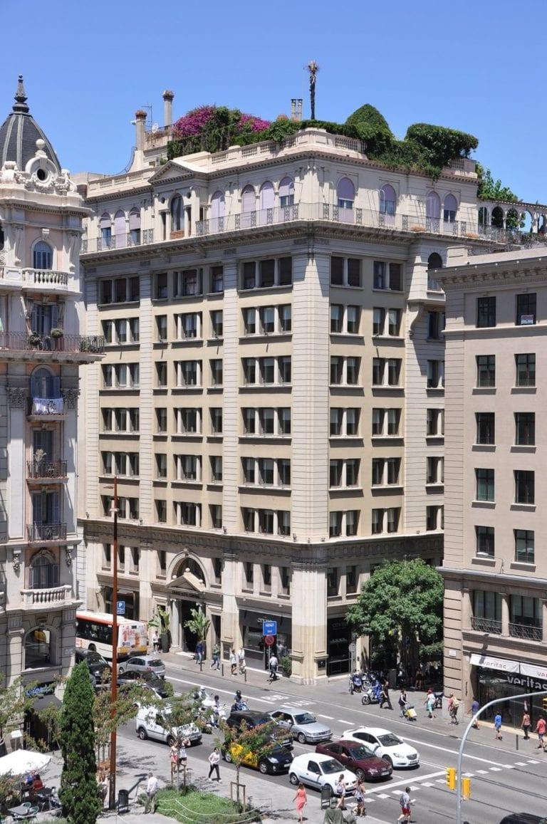 Schroders Capital paga 93 millones a Único por el Grand Hotel Central de Barcelona