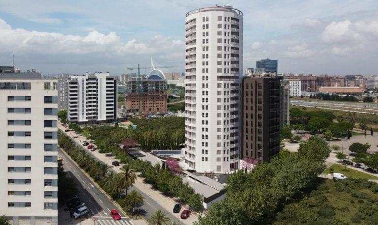 Metrovacesa vende por 50 millones 216 viviendas a AEW para build to rent