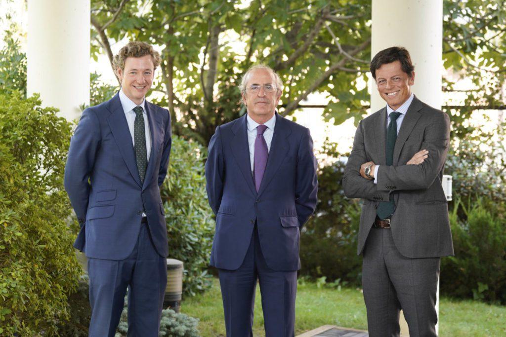 Alejandro Sarrate (MCH IS), Javier Dorado (JP Morgan AM) y Tasio del Castaño (MCH IS)