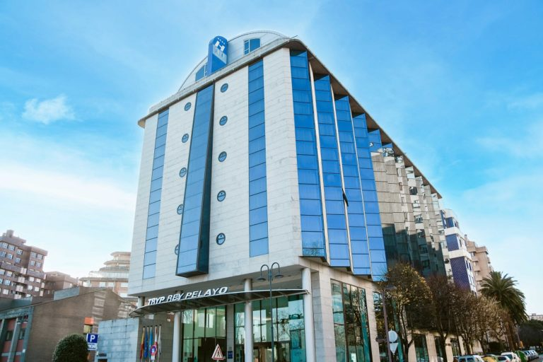 Grupo Fagra compra el hotel Tryp Gijón Rey Pelayo a Dos Puntos