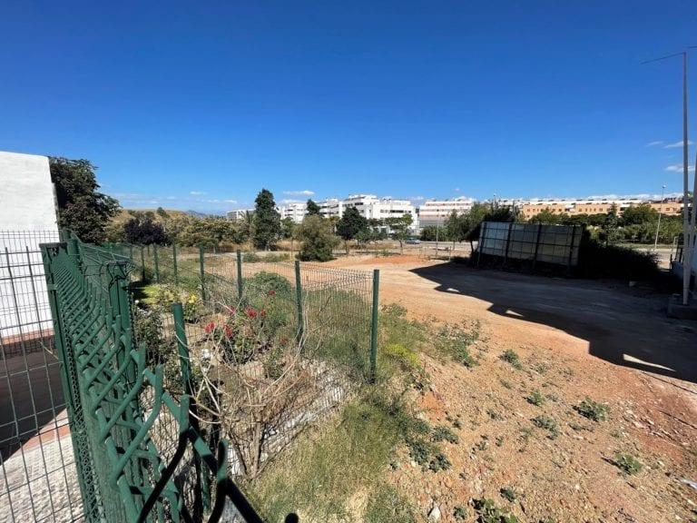 Lar compra suelos en Granada y Málaga para construir 216 viviendas de alquiler