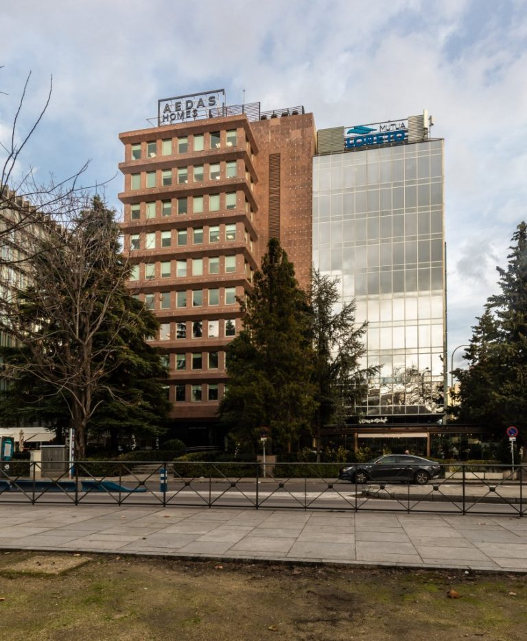 DWS Sells Prime Office Building in Madrid for €54.6 Million to the March Family