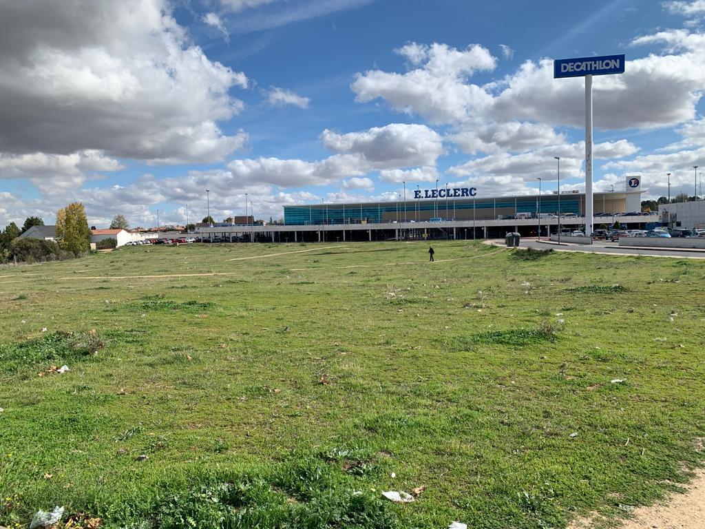 Parque Comercial Salamanca Suelo